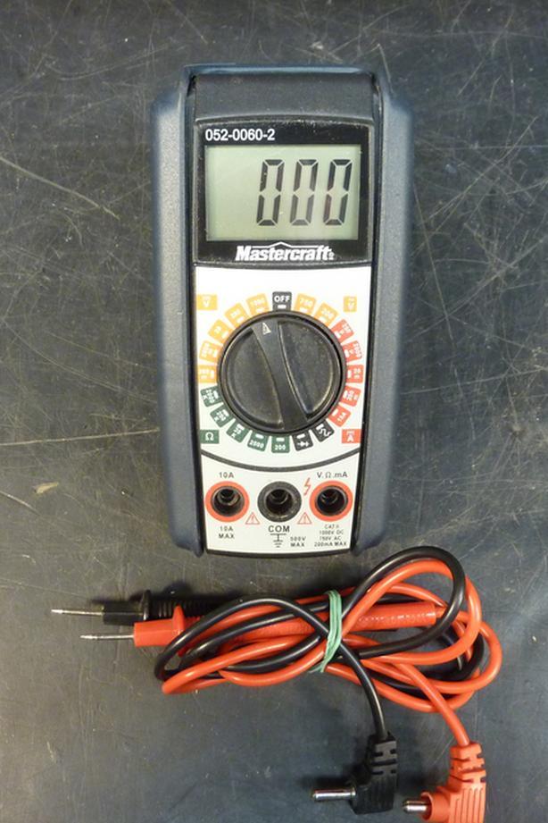 Multimeter Mastercraft Digital 052 0060 2 With Probes
