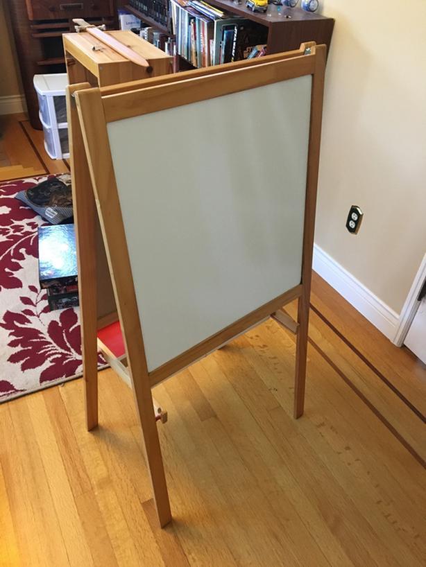 Ikea Mala Easel With Chalk Markers Amp Paper Rolls Oak Bay Victoria