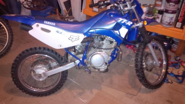 2004 YAMAHA TTR 125,  junior size,  4-stroke dirt bike