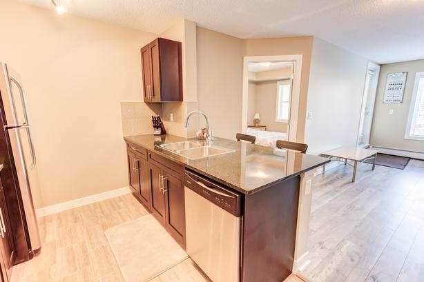 Fabulous Upgraded 2 bed 2 Bath Legacy Condo.