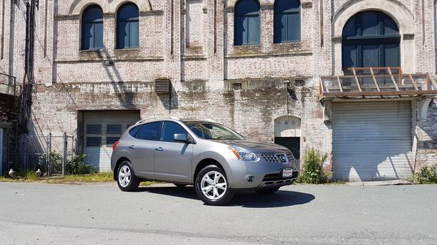 ** 2010 Nissan Rogue AWD - 109K - Auto