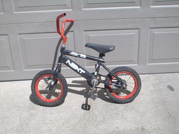 SEVERAL BIKES FOR CHILD OR YOUTH