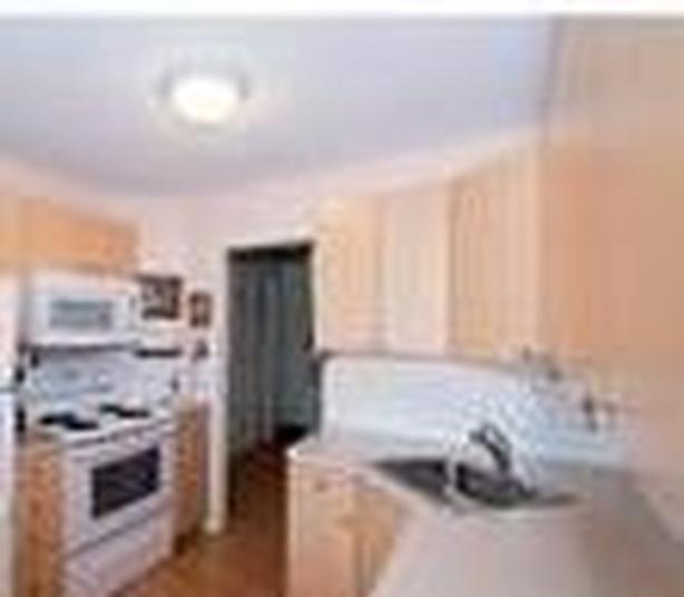 HUGE 2 bedroom condo  Victoria,  Location location location!