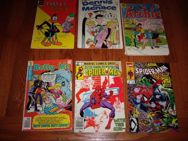 6 COMIC BOOKS
