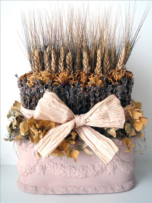 Dried Flower Arrangement / Topiary
