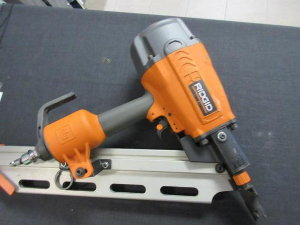 Ridgid Framing Nailer  **Money Maxx**