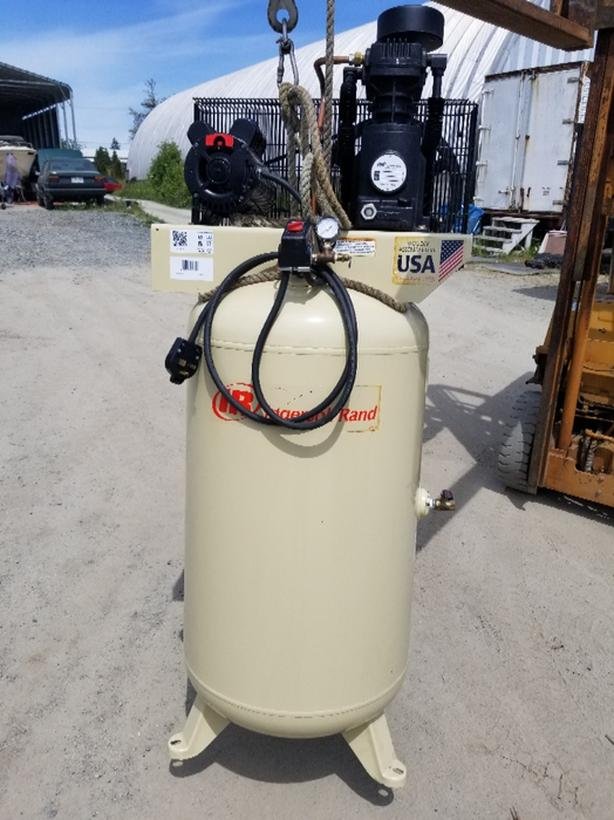 INGERSOLL RAND 80 GALLON AIR COMPRESSOR (NEW NEVER USED)