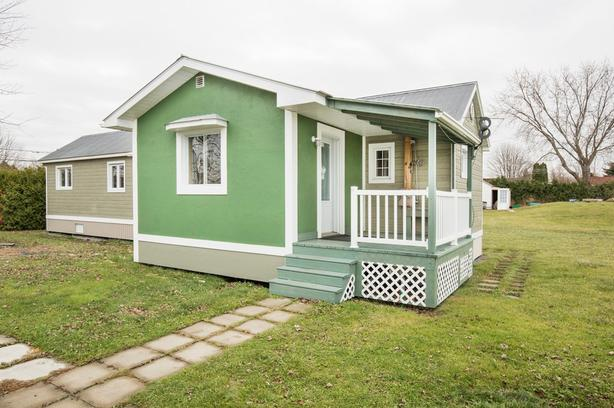 Nice mobile house on its own 12 640 pc land St-Jean-sur-Richelieu