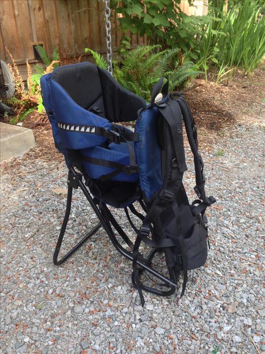 22dc91a2f57 MEC child carrier back pack Mill Bay