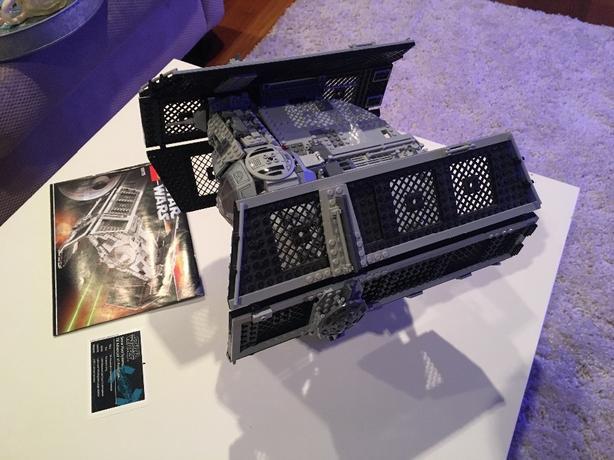 Lego UCS 10175 Vader's TIe Advanced Star Wars
