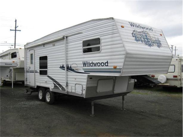 2005 Forest River Wildwood F23RK
