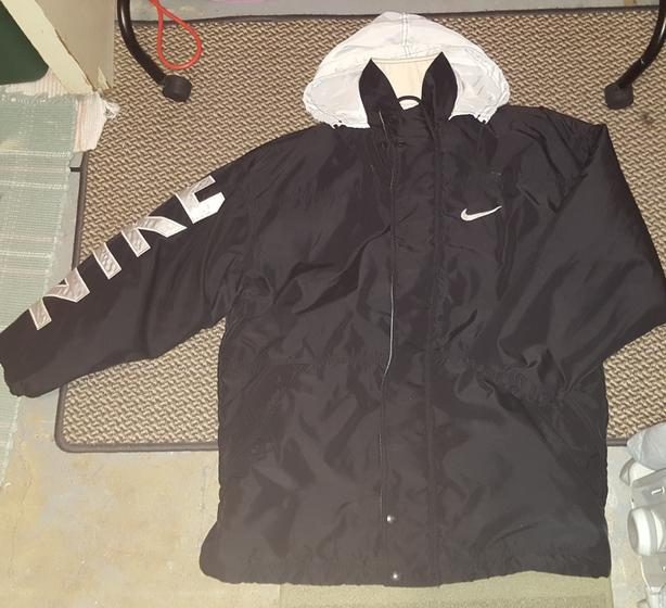 c306e6f8faa6 Old school NIKE jacket Saanich