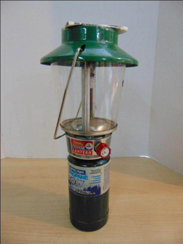 Coleman Propane Lantern With Instructions and New Propane
