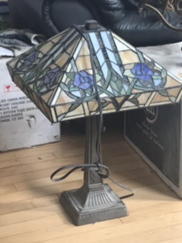 Beautiful glass mosaic table lamp