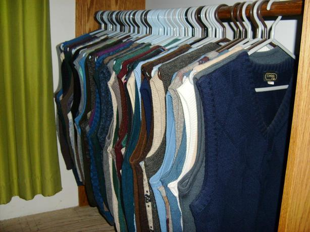 Mens sweater vests - 171 of them