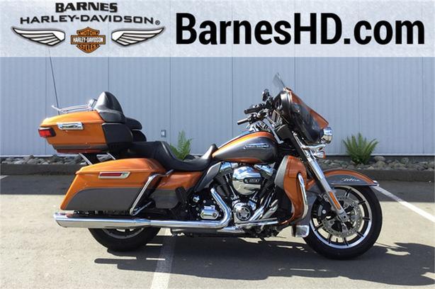2015 Harley-Davidson® FLHTCUL - Electra Glide® Ultra Classic® Low