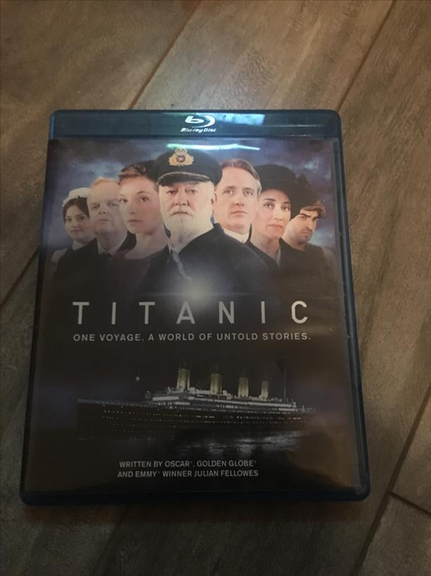 Titanic DVD blue ray DVD
