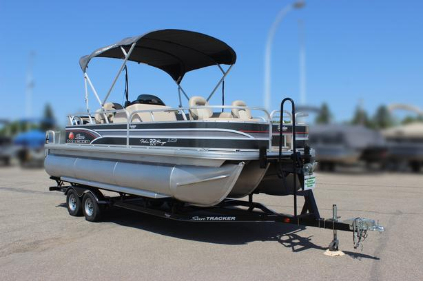 2015 SunTracker Fishin' Barge 22 XP3 w/Mercury 115Hp 4stroke