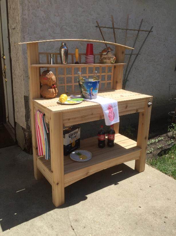 potting and/or refreshment bench