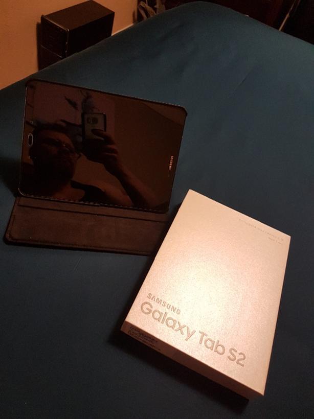 Samsung S2 Plus Case & Screen Protector