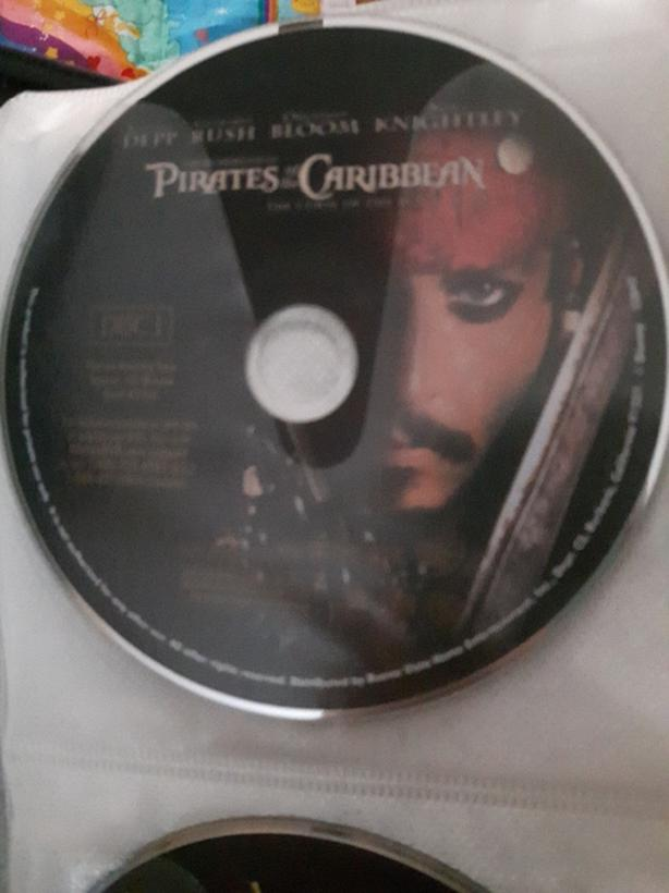 Pirates of the Caribbean the curse of the pearl