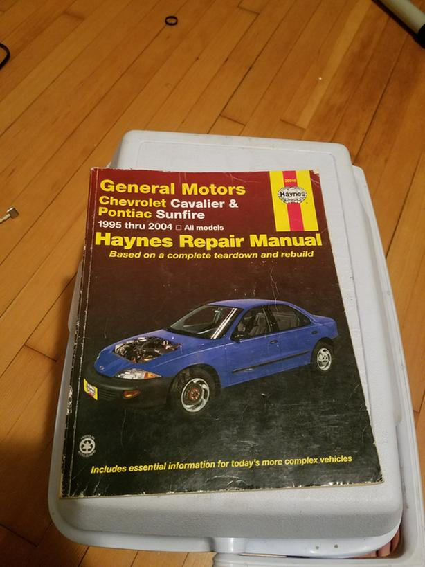 haynes manual 1995 2004 chevy cavalier amp pontiac sunfire north rh usedvictoria com
