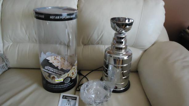 STANLEY CUP POPCORN MAKER - NEW IN BOX!!!