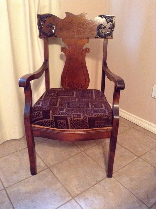 Art Nouveau arm chair