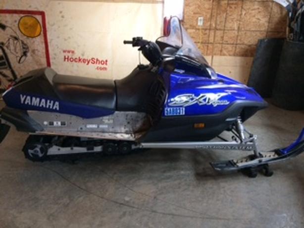 YAMAHA SRX VIPER 700 triple 6,800 KM's
