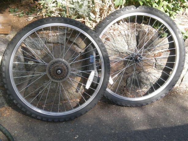 """Bike wheels 26"""" front & rear"""