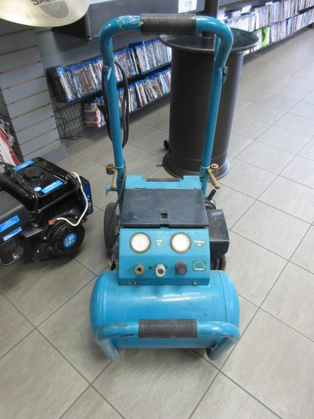 Makita Compressor **Money Maxx**