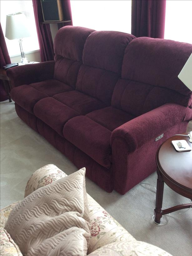 Lazy boy power recliner couch