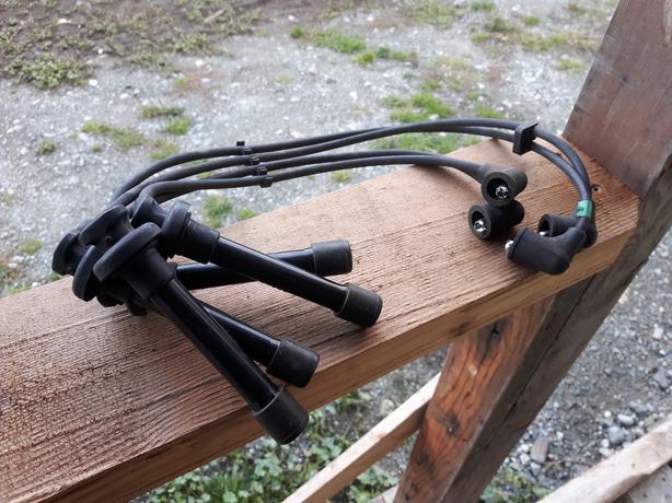 Honda Civic 1996-2000 Spark plug wire set.