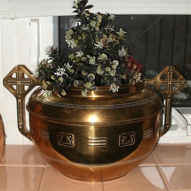 Vintage Brass Plant Pot with Unique Shaped Handles - Medium Size