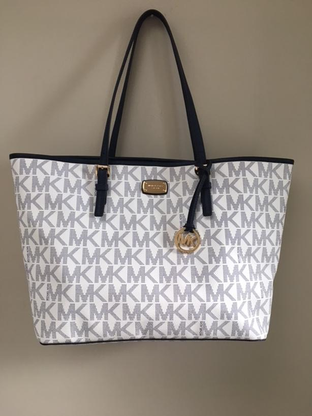 Authentic Michael Kors Large Jet Set Travel Tote