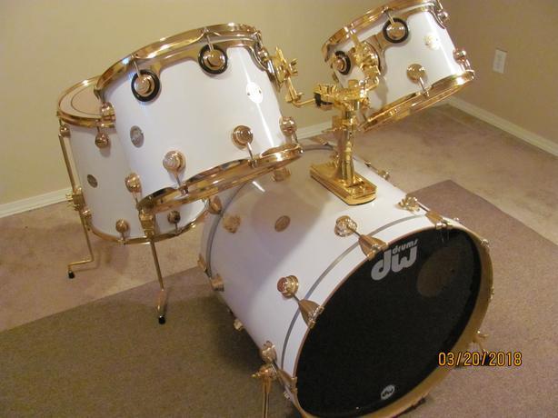 DW Collectors Series Maple Drums