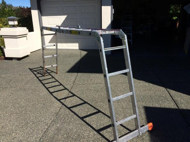 HEAVY DUTY KRAUSE FOLDING LADDER