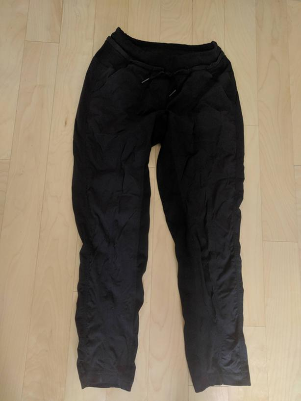 LuLu Lemon pants - size 4