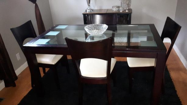 Beautiful Mahogany Mahogany and Glass dining set