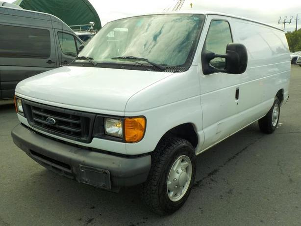 2007 Ford Econoline E-150 Cargo Van with Bulkhead Divider and Rear Shelving