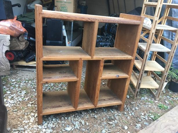 Tv Bookshelf Cobble Hill Cowichan