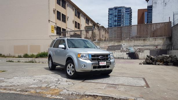 ** 2010 Ford Escape Limited 4WD