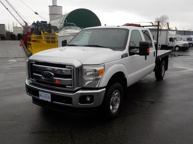 2013 Ford F-350 SD XLT Crew Cab 9 Foot  Flat Deck 4WD