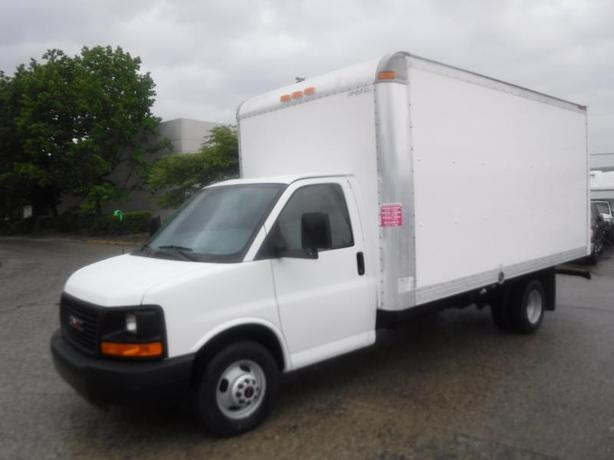 2013 GMC Savana G3500 16 Foot Cube Van