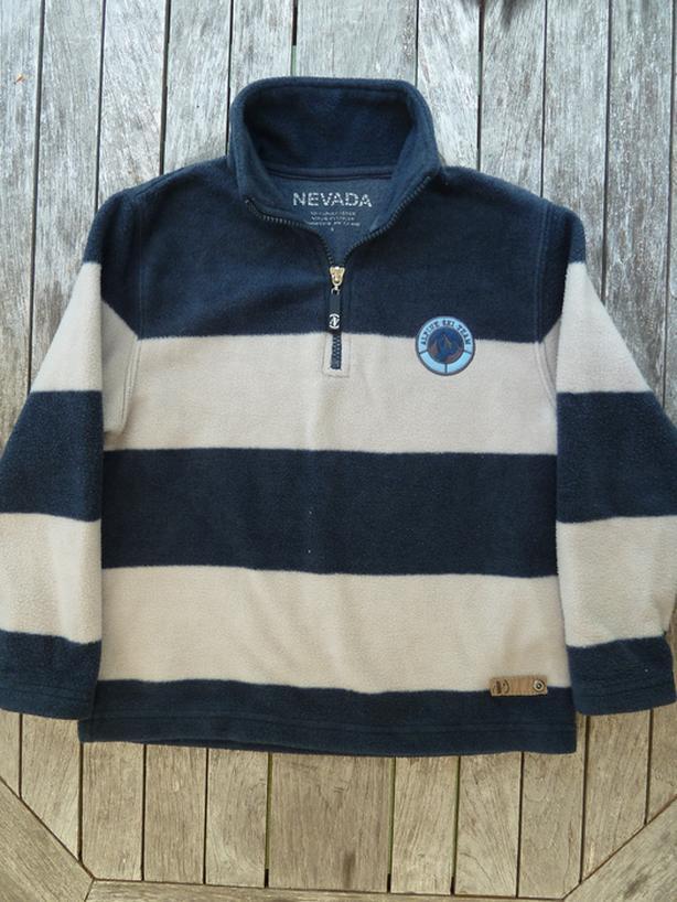 fleece pullover sweater  Boys Size 6