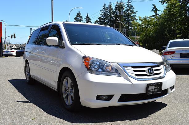 2010 Honda Odyssey 4dr Wgn Touring W RES   Navi