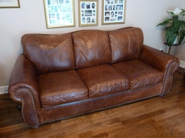 Stupendous Leather Couch Saanich Victoria Download Free Architecture Designs Embacsunscenecom
