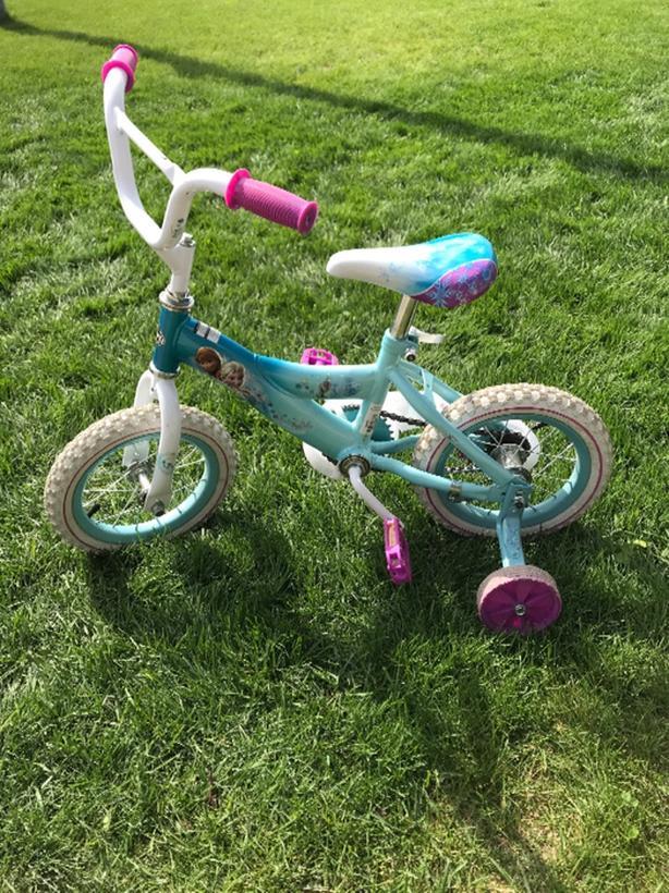 Huffy Frozen Bike