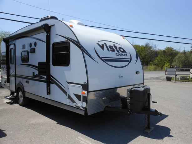 2015 Gulfstream Vista 19DSR Travel Trailer