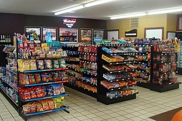 DK-0043 Depanneur for sale in Longueuil